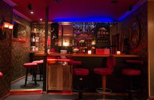 Ambiente im Gentleman Club 59